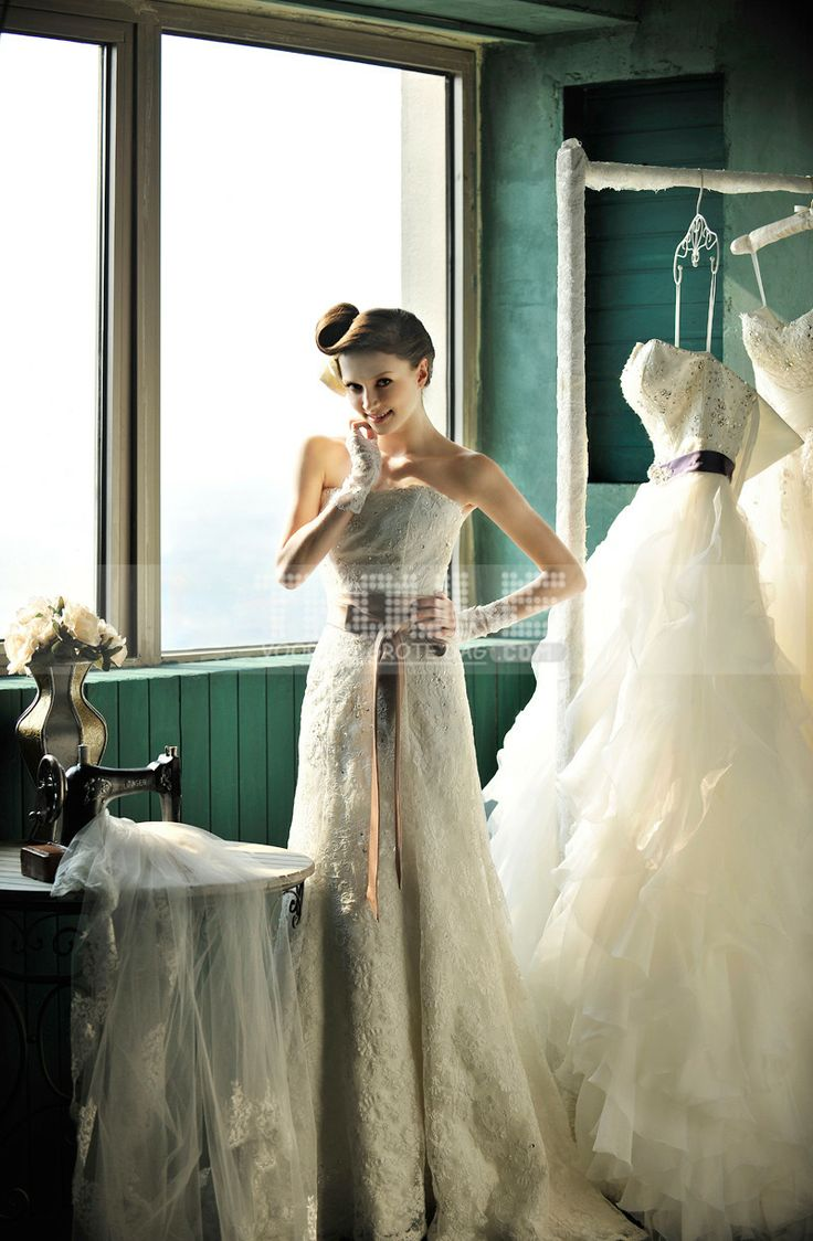 http://www.trouws.com/trouwjurken-c1 Strapless bruid bruiloft trailing bruiloft systemische gerolde kant fishtail bruidsjurk - €153.46 , Trouws.com