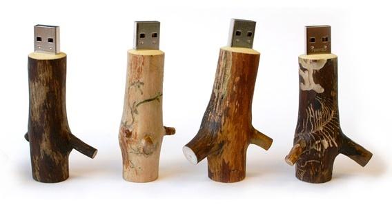Puinen USB Muistitikku