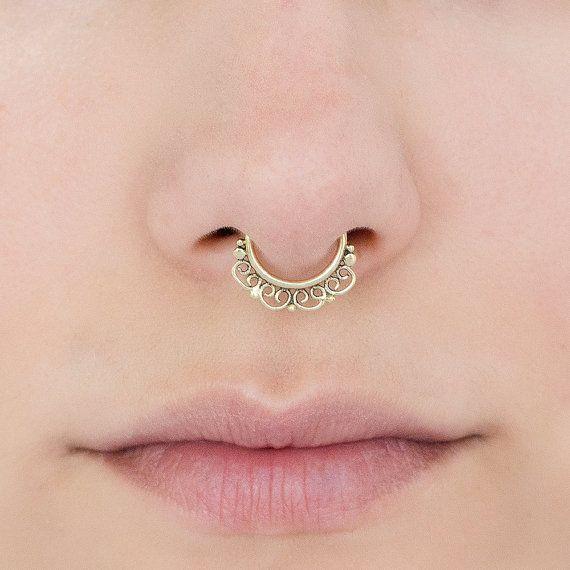 Stammes-Septum Ring für gepiercte Nase. von Umanativedesign auf Etsy