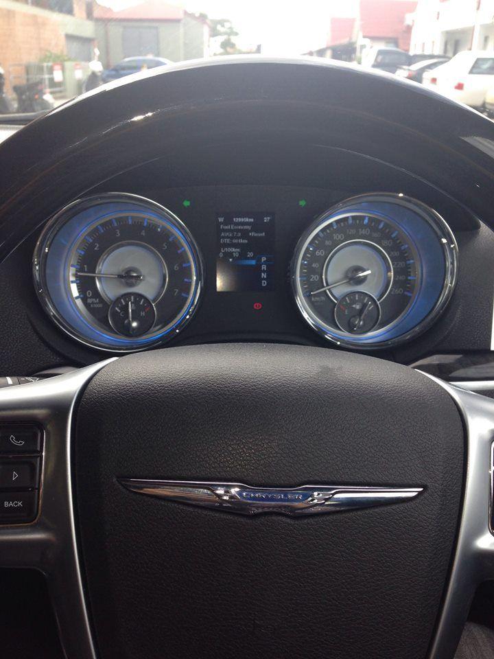 Chrysler 300C New Model interior