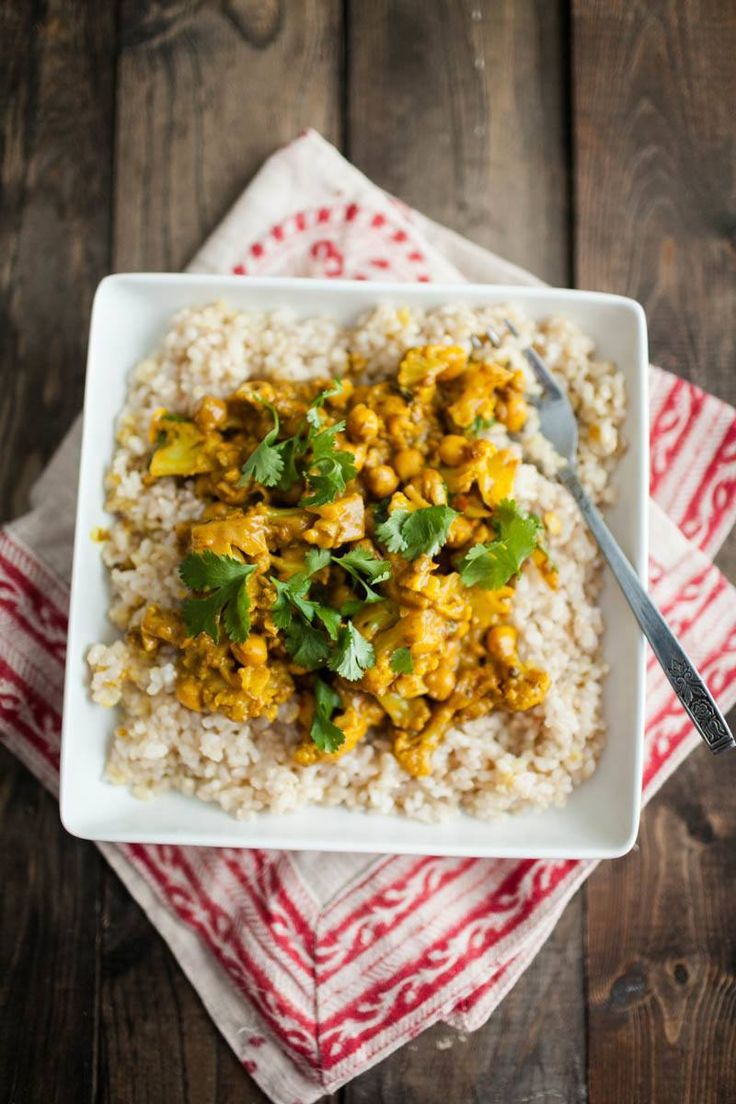 Cauliflower and Chickpea Curry | http://naturallyella.com