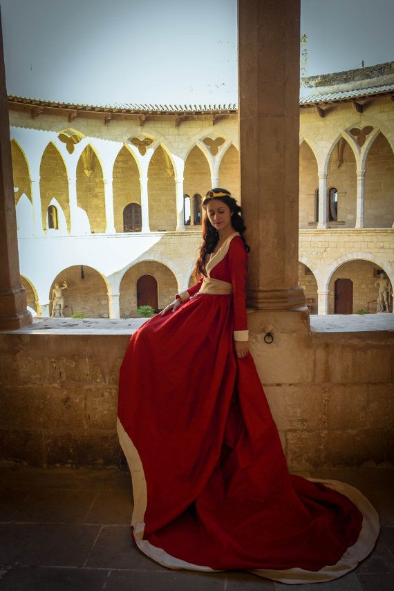 15th century Burgundian court gow by TheSeamstressofRohan on Etsy