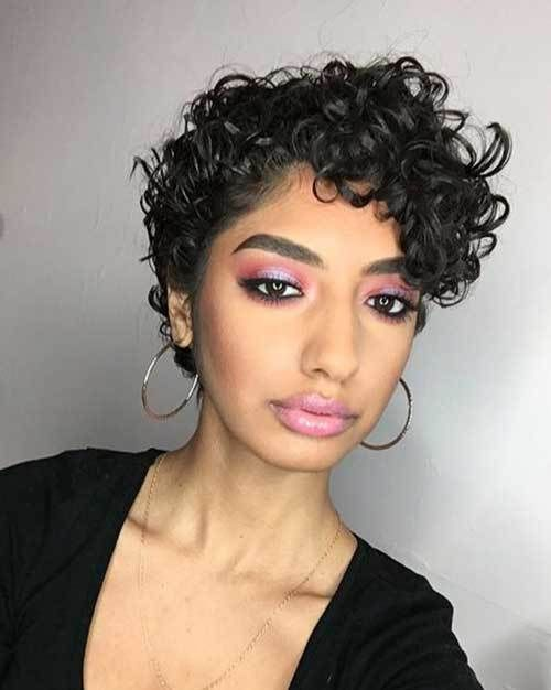 17 Incredible Curly Pixie Cuts You Ll Love 10 Naturally Cute