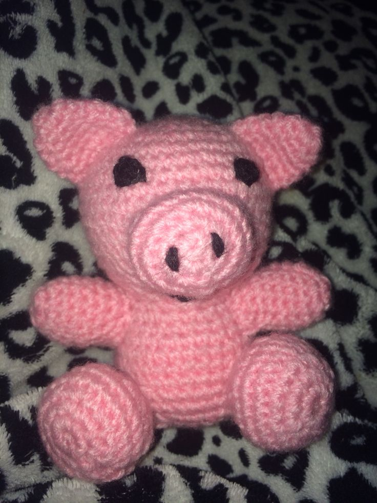 Crocheted little piggy :) fun and easy to make!