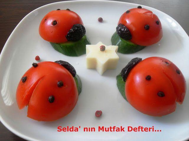 Selda' nın Mutfak Defteri...: Uğur Böcekleri...      2 adet domates     2 adet siyah zeytin     Tane karabiber