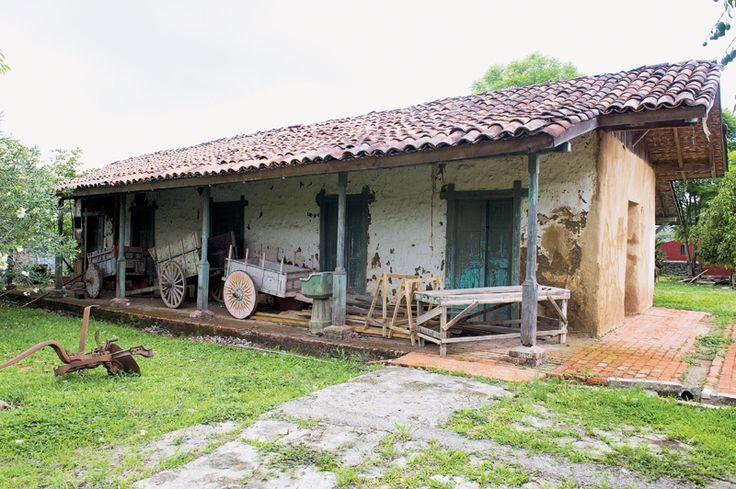 Casas antiguas de madera en el campo buscar con google - Casas antiguas de campo ...