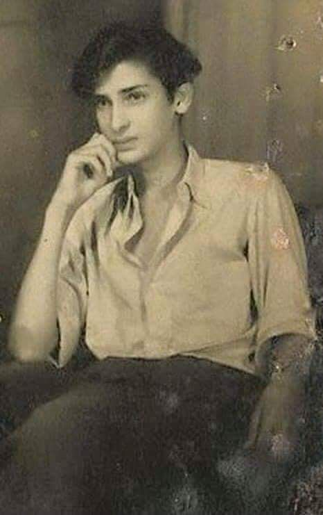 Childhood & Family pictures: Young Shammi Kapoor