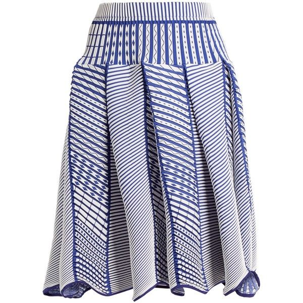 Issey Miyake Tribal-print pleated skirt (9,245 CNY) ❤ liked on Polyvore featuring skirts, blue white, pleated skirt, chevron print skirt, tribal print skirt, chevron striped skirt and patterned skirts
