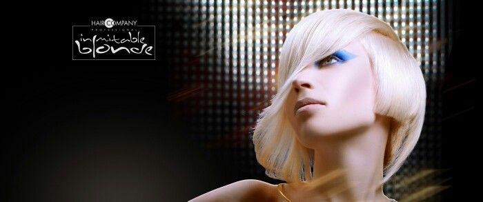 """E' la nuova esclusiva linea di colorazione di Hair Company Professional dedicata ai capelli biondi. Con """"Inimitable Blonde"""" finalmente puoi risolvere tutti i problemi legati alle colorazioni bionde come riflessi indesiderati e viraggi di colore. un prodotto tecnico che, correttamente utilizzato, ti permetterà di realizzare biondi speciali mai avuti prima d'ora."""