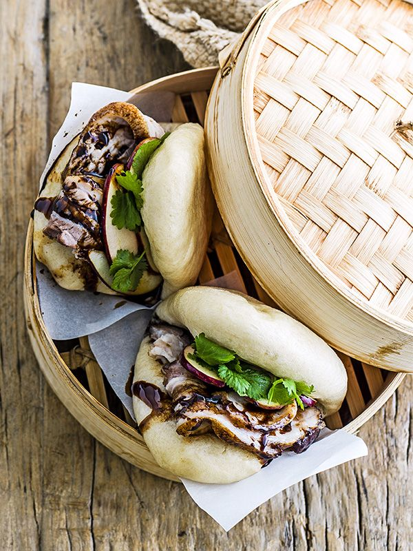 Pork & pickled apple bao buns