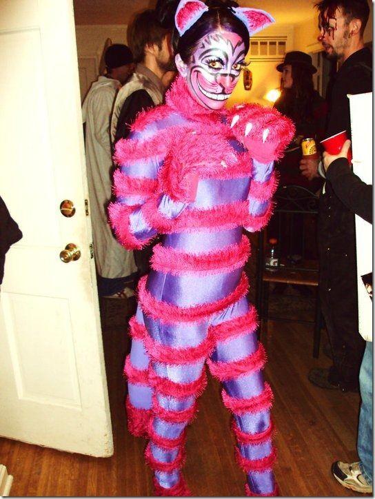 disfraz casero de gato de Cheshire de Alice in Wonderland