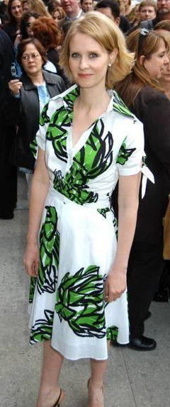 "Celebrity a tvar postavy - Cynthia Nixon - ""hruška"""