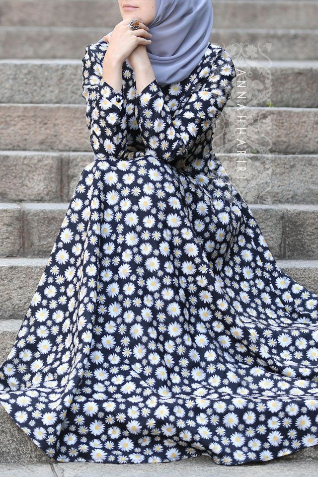 Daisy Dress by ANNAH HARIRI #hijabfashion #onlinehijabstore #modernhijab