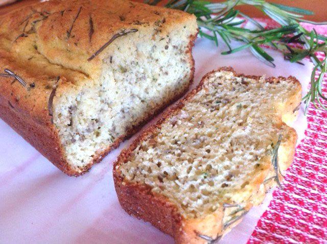 Pão de grãos e ervas a jato. Sem glúten e funcional <3. Rende torradinhas incríveis!!!!