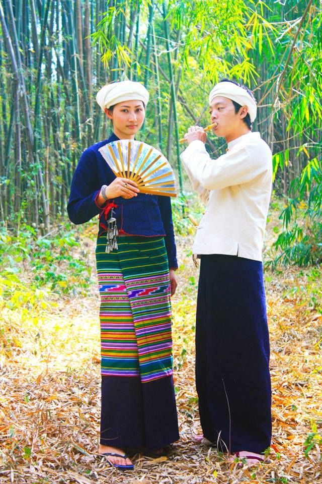 Traditional lanna costume (Northern of Thailand)  Tai lue ethnic in Phayao province.