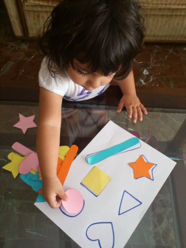 Colores, formas, asociación,...