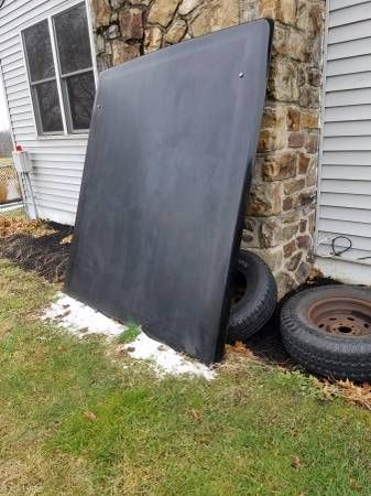 Truck cover off of a 03 ram 1500 (Hershey) $500
