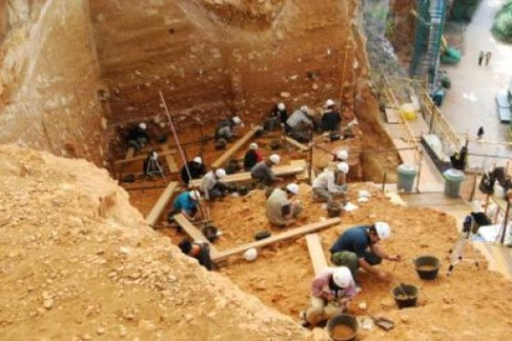 Dating refined for Atapuerca site where Homo antecessor appeared -- ScienceDaily