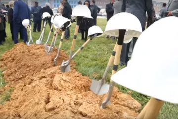 Developers break ground on new hotel, townhomes near Johns Hopkins medical campus