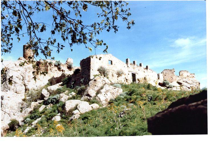 Bronte nel CT - Castello di Torremuzza #sicily #italy #etna #museietnei more on www.museietnei.it