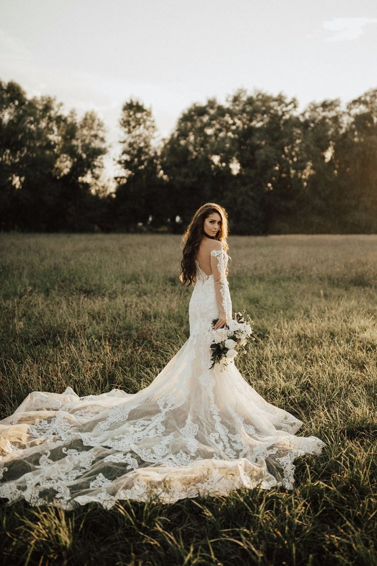 romantic bridal portrait ideas