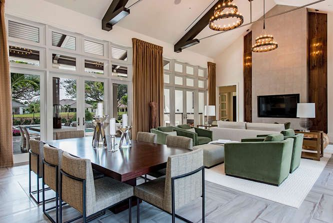 This elegant, contemporary residence was completed by Clive Daniel. #luxeFL