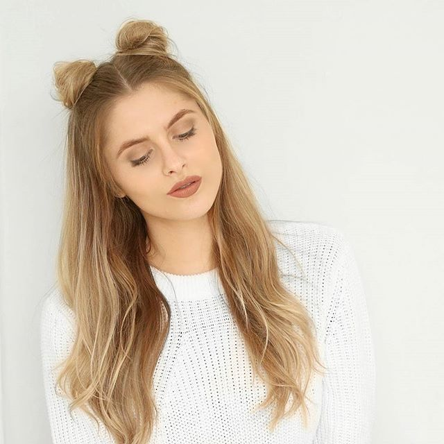 Obsessed!! @fashioninflux looks darling in her long blonde hair with pigtails!
