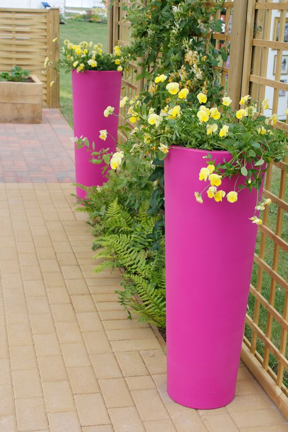 10 Easy And Colourful Summer Garden Updates Containers We Like Pinterest Planters