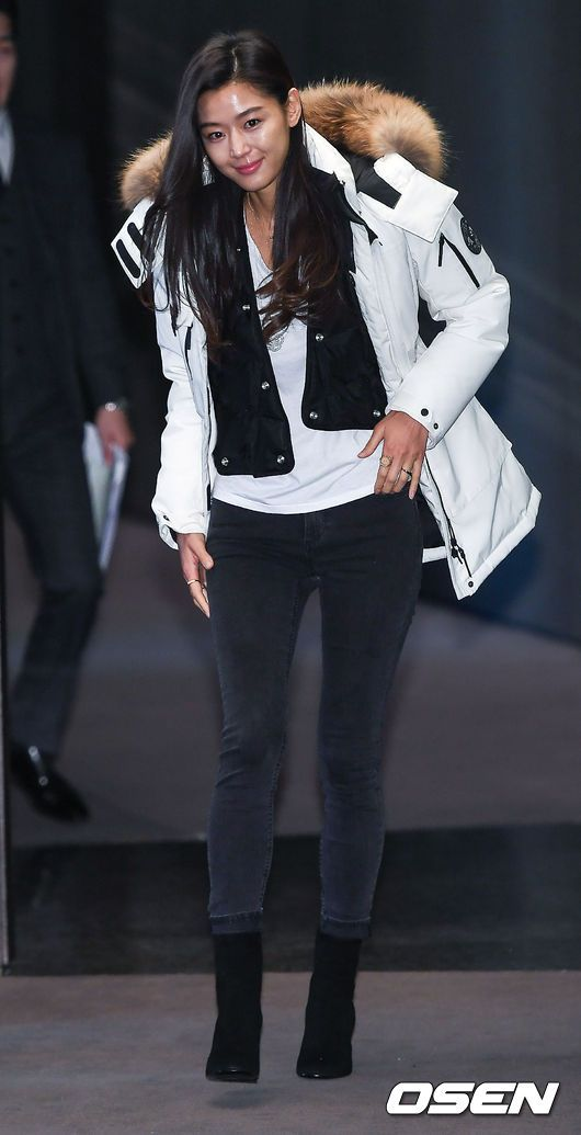 NEPA「暖かいペディン(ダウン)」伝達式に出席したチョン・ジヒョン−韓国俳優、韓国女優 イベントレポート
