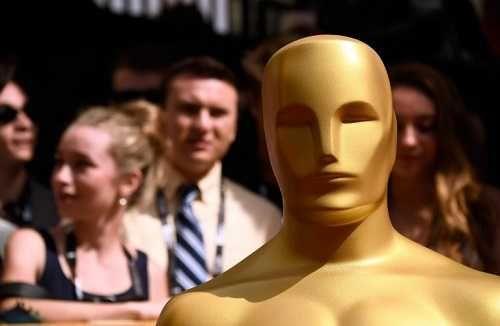 La La Land clara favorita a los Óscar con su tributo a Hollywood