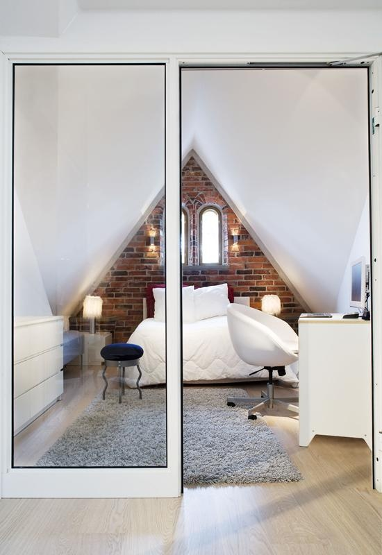 Tiny bedroom layout and love the glass wall/door. Could totally rock this by getting rid of all the white!