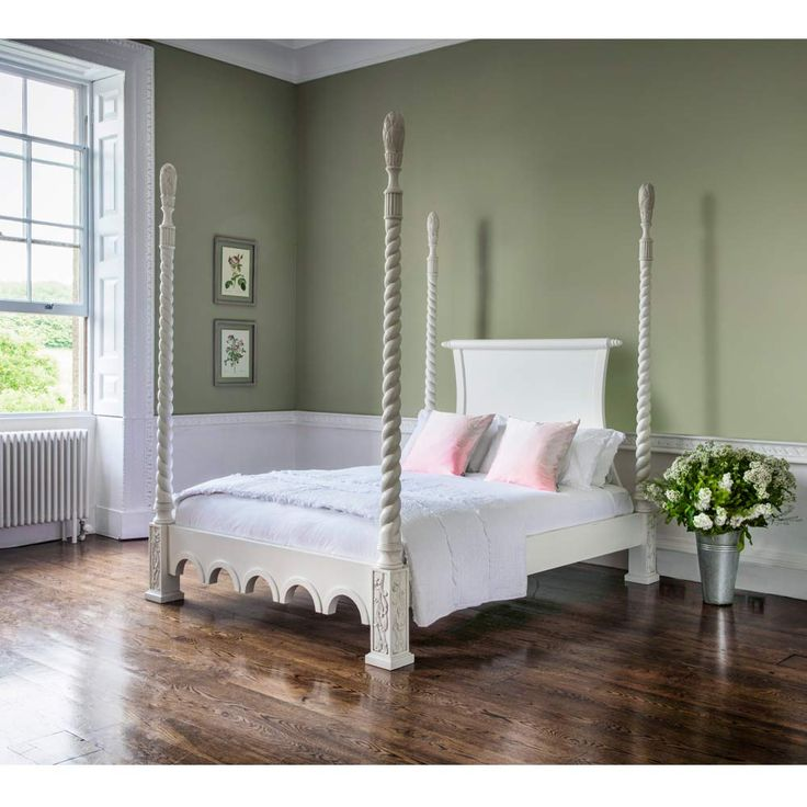 Provencal White 4-Poster Bed (King Size)