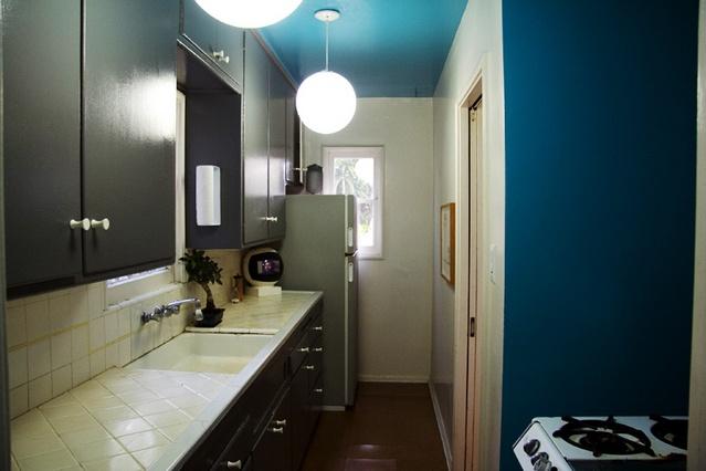 Blue color - bedroom?