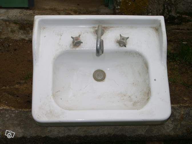 1000 id es sur le th me lavabo ancien sur pinterest petit lavabo baignoire rectangulaire et. Black Bedroom Furniture Sets. Home Design Ideas