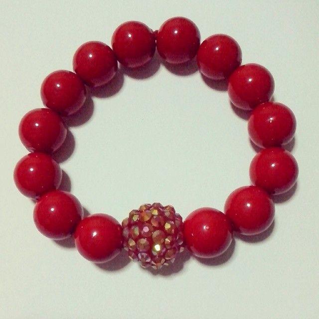 Harga Rp. 35rb. Yuuuuk! #handmade #bracelet #merah #gelang #red #beads #handmadebracelet #aksesoris #aksesorishijab #aksesorisjilbab