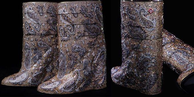 Gli stivali sono i migliori amici delle donne. Soprattutto quando sono costellati di diamanti e costano 3,1 milioni dollari!http://www.sfilate.it/213842/gli-stivali-con-diamanti-da-31-milioni-dollari-eccoli
