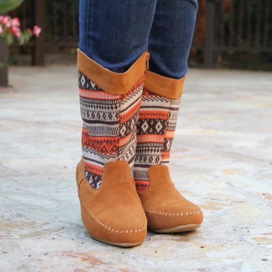 Women's Aztec Style Boots $7.99 Available in 2 Colors!  - http://www.pinchingyourpennies.com/womens-aztec-style-boots-7-99-available-in-2-colors/ #Aztec, #Boots, #Fallfashion