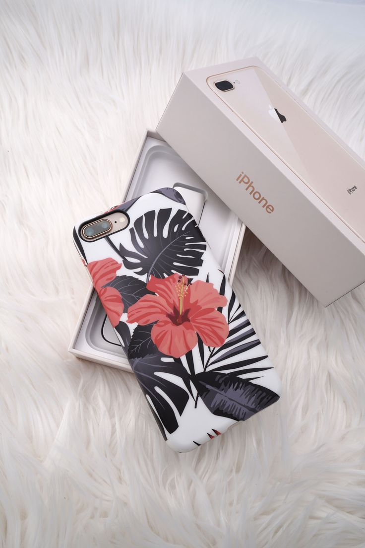 Who picked up an iPhone 8 or 8 Plus ❤️ and who's waiting for the iPhone X. Shop Phantom Hibiscus & the entire floral collection from Elemental Cases