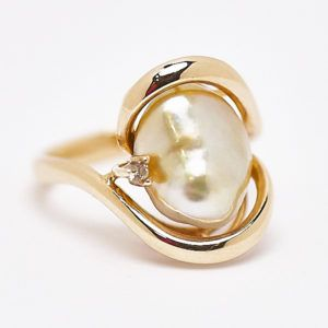 9ct Yellow Gold Keshi Pearl Ring set with Diamond. #fremantleopals #pearl #keshipearl