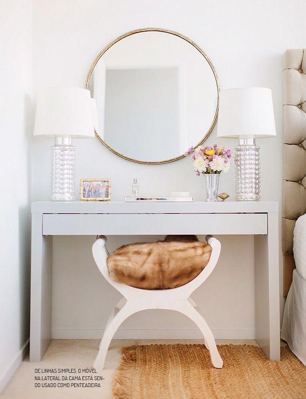 Charme na lateral da cama. Veja mais: http://www.casadevalentina.com.br/blog/materia/na-lateral-da-cama-havia.html  #decor #decoracao #interior #design #bedroom #quarto #charm #details #detalhes #casadevalentina