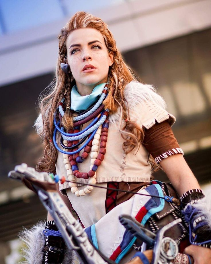 Aloy - Horizon Zero Dawn cosplay at Paris Games Week 2016 by Cosplayer: Lili Din Farghul - Photographer: Stephane Uriel #horizonzerodawn #aloy #cosplay