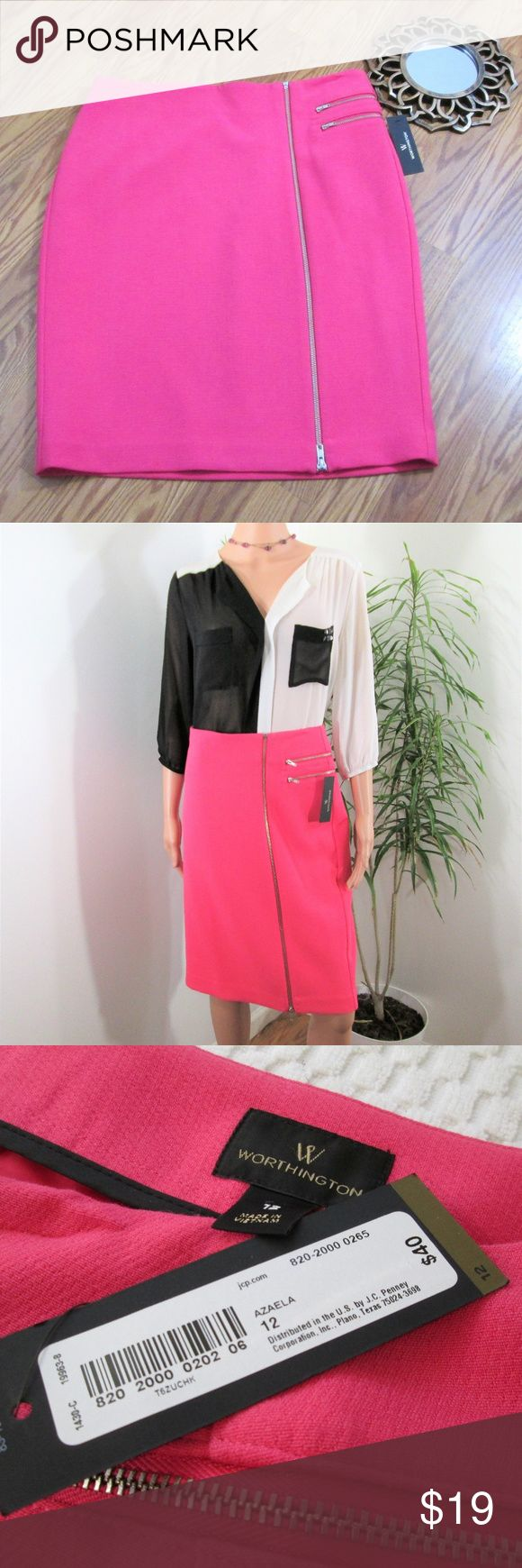 """New! Worthington Pink Pencil Skirt Winter weight fully lined skirt. Exposed front zip,  2 side/front faux zip pockets. Slightly textured.  Measured flat. 17"""" across waist. 21"""" across hips. 24"""" long. Knee length on 5' 9"""". poly/rayon/spandex. Worthington Skirts Pencil"""
