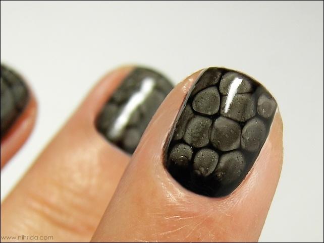 Snake Skin Nails.                                                                                                                                                                                 More