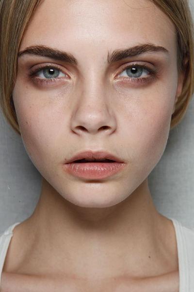 Cara Delevigne: Makeup Inspiration, Cara Delevingne Eyebrows, How Delevign, Burberry Prorsum, Fall Makeup, London Fashion Week, Prorsum Fall, Fall 2011, London Fall