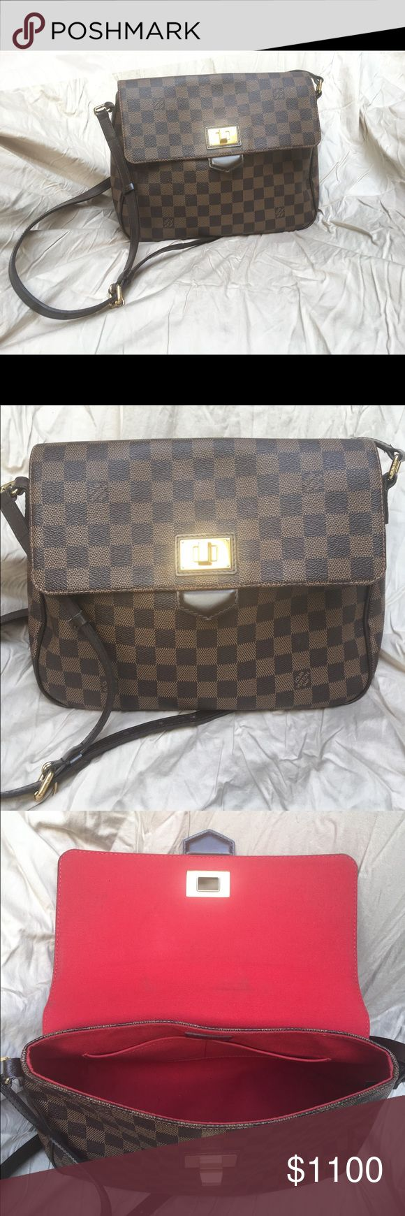 Authentic Louis Vuitton Shoulder Bag Like new Louis Vuitton Shoulder Bag with gold toggle closure. 100% authentic, discontinued style. No stains or marks. No trades. Louis Vuitton Bags Shoulder Bags