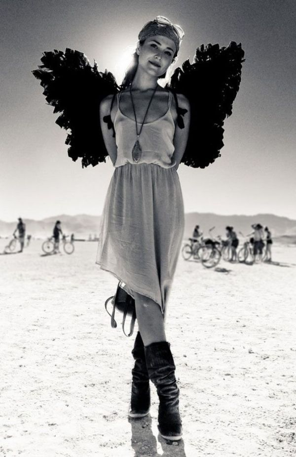 Black and White Beauty | Hottest Women of Burning Man ...