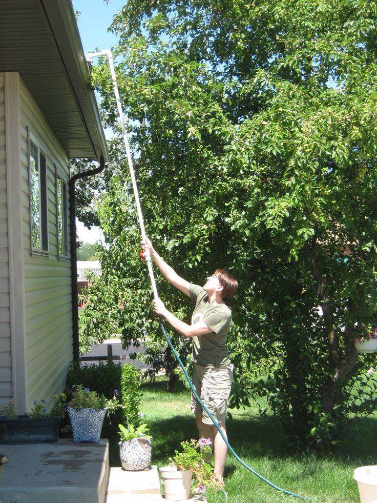 How to make a raingutter cleaner out of PVC pipe