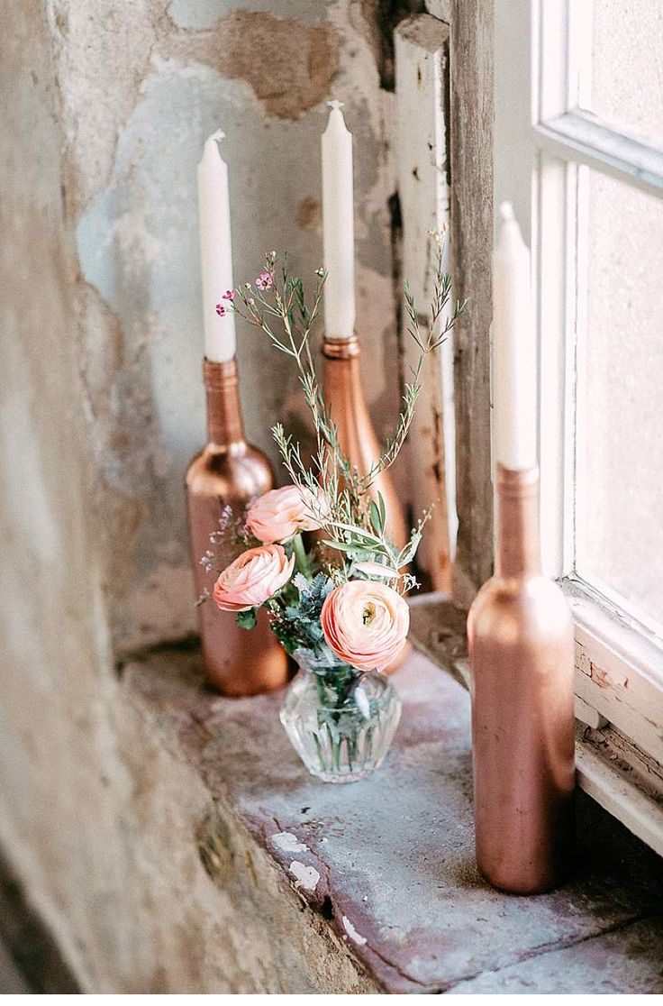 Rose gold wedding inspiration onewed rose gold ruffly wedding chair - Autumnal Boho Inspiration Shoot From Octaviaplusklaus Spray Painted Bottlespaint Bottlesrose Gold Weddingsbohemian