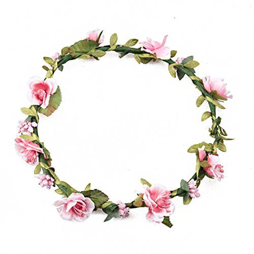 We've been seeing a lot of flower crowns and real floral adornments replacing the traditional wedding veil, tiara or headpiece during the past years. And we gotta say: we love this trend. Flowers give a natural, very ...