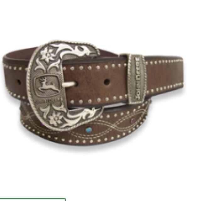 John Deere belt buckle :) <33